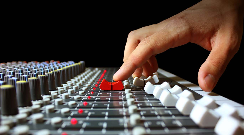 Tv stüdyo ses sistemleri