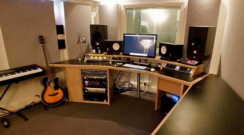 Stüdyo İçi ve Kontrol Odası Ses Sistemleri